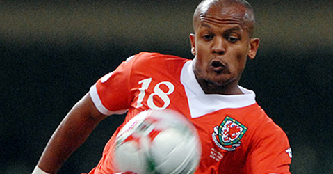 Robert Earnshaw in action for Wales